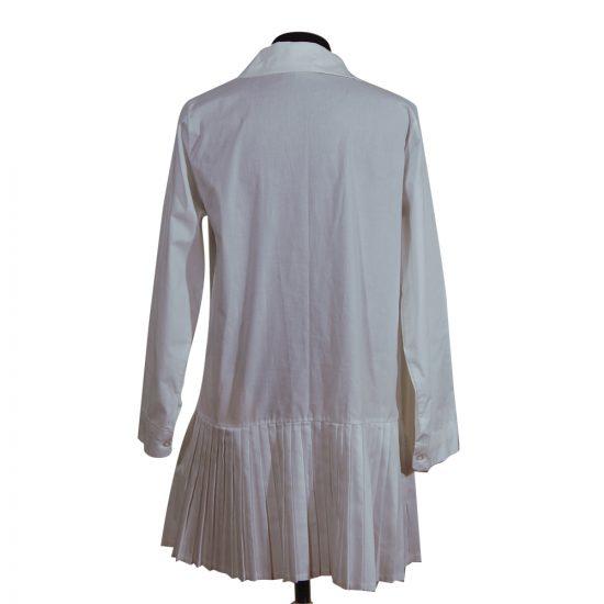 camisa-blanca-faldeta-tablas-detras-soria-novias