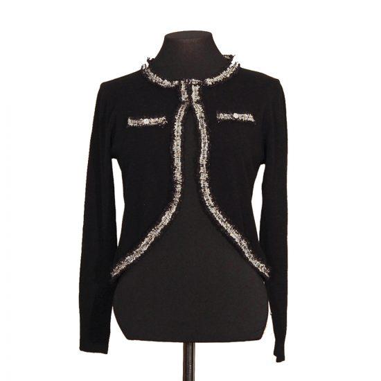 chaqueta-corta-negra-soria-novias-delante
