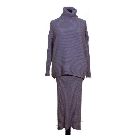conjunto-falda-jersey-canale-cuello-alta-azul-delante-soria-novias