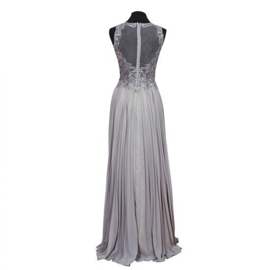 vestido-gris-pedreria-espalda-transparente-soria-novias-detras